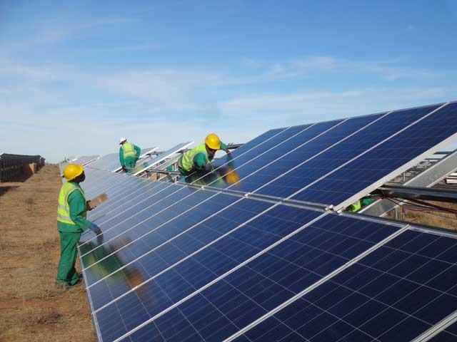 solar-panel-güney-afirka